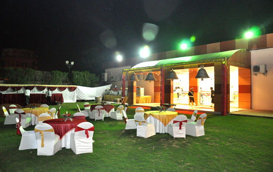 reception halls in delhi
